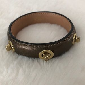 Coach bangle leather turnlock